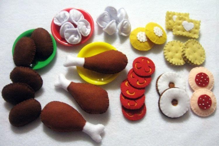 Как сделать игрушечную еду своими руками для  626