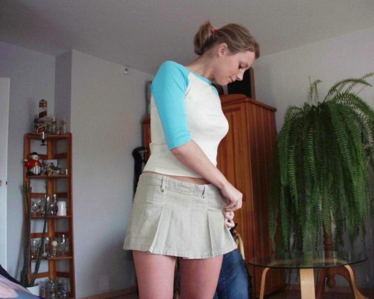 молодая мамочка переодевается фото